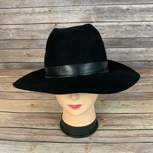Janessa Leone Black wool Hat